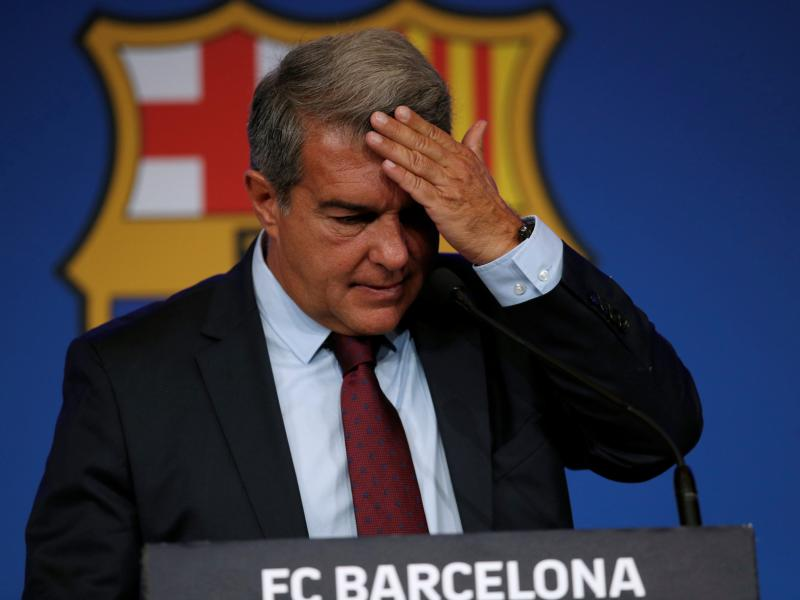 Joan Laporta hoped Lionel Messi would play for Barcelona for free