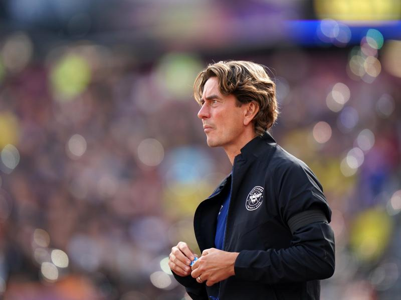 Brentford boss responds to Arsenal and Man United links