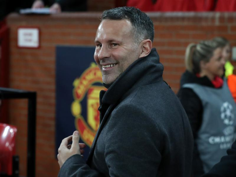 🔴😯 Ryan Giggs remembers weird incident during first meeting with Van Gaal as United's new manager