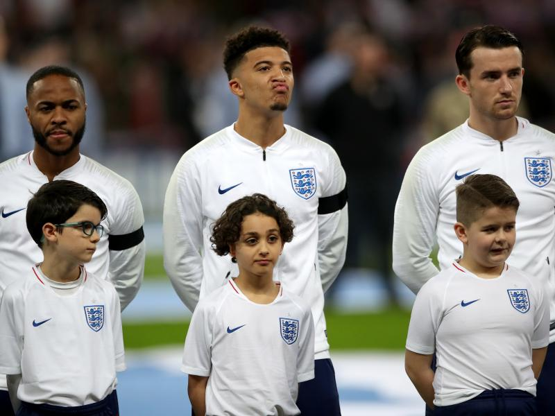 Marcus Rashford and Harry Kane start as England reveal team to face Bulgaria