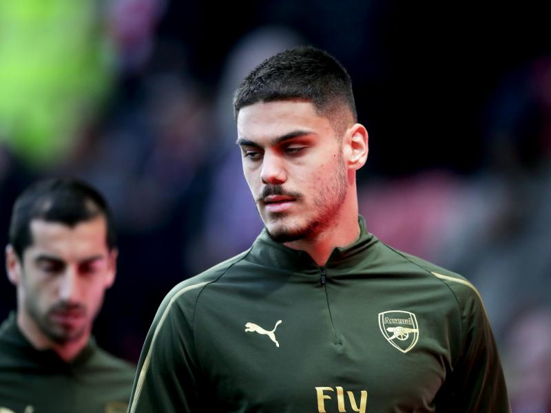 🇬🇷 Arsenal's on-loan Mavropanos unwilling to take a permanent move away from the Gunners