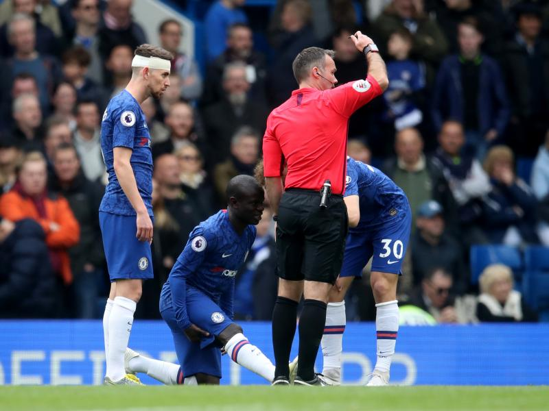 Chelsea hopes to have injured Kante for Europa League final
