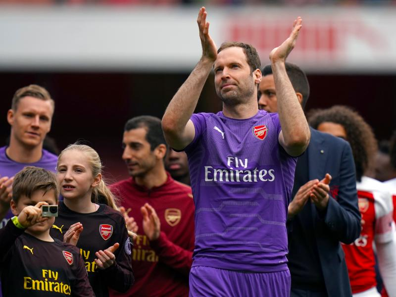 Chelsea reveal why Petr Cech signed for ice hockey team