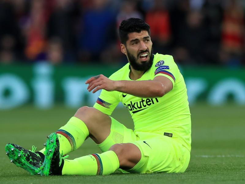 Injury boost for Barcelona as Suarez resumes full training