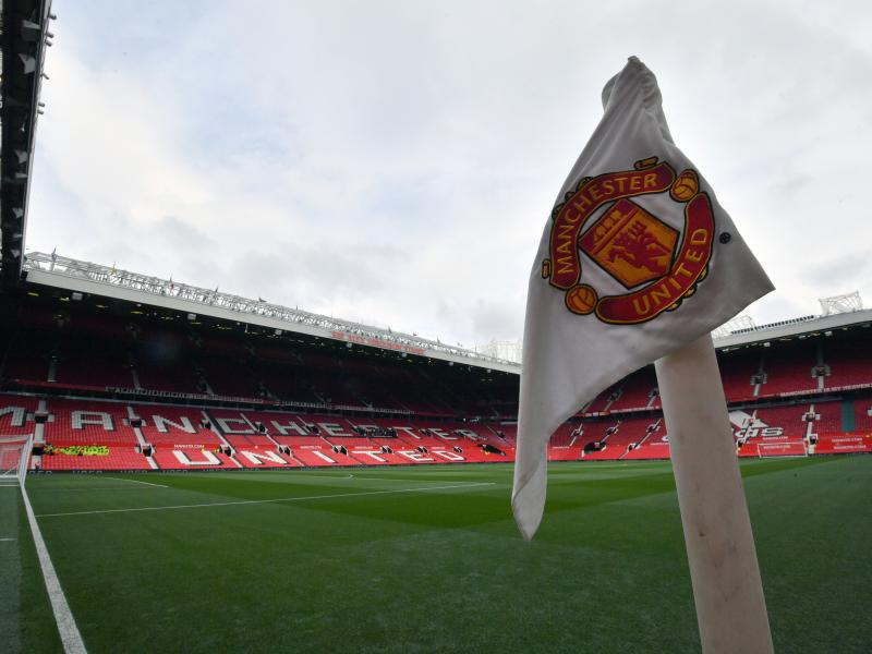 Manchester United to investigate allegations of racist abuse by their fans