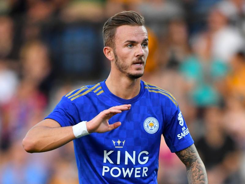 Leicester midfielder responds to Manchester United speculation