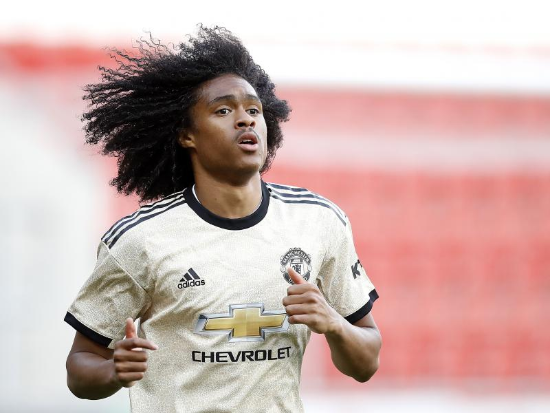 Tahith Chong edges closer to Werder Bremen move