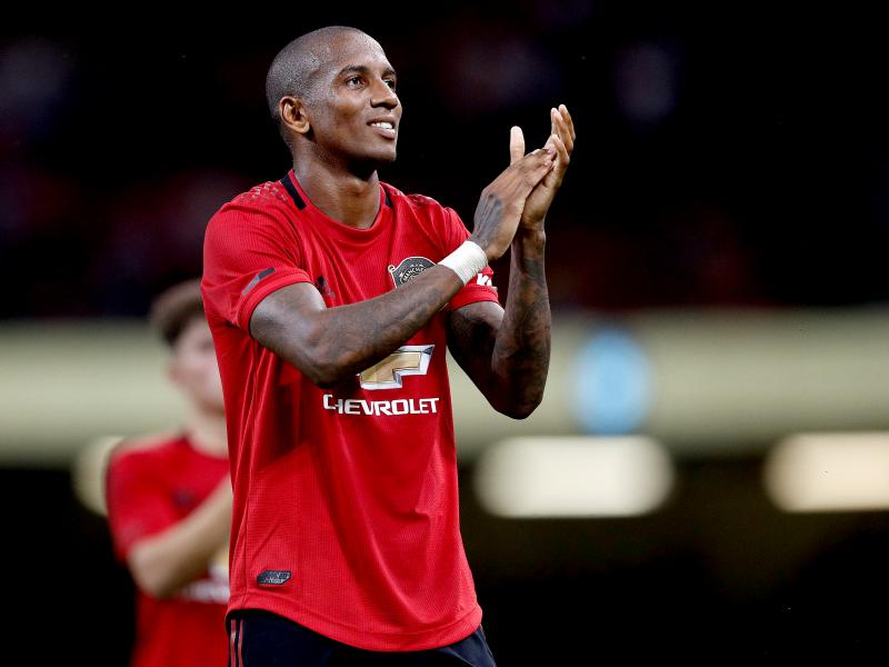 Ashley Young on why he rejected Liverpool and Manchester City to join Manchester United