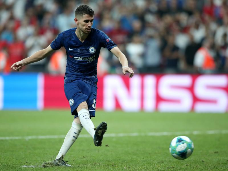 Jorginho 'cuts ties' with Sarri, promises to prove himself at Chelsea