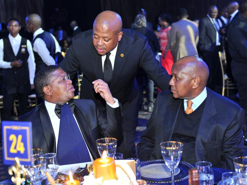 🇿🇦✌🏾👴🏾 A Mzansi football icon turns 75! Do you know everything about Kaizer Motaung?