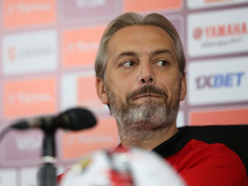 Former Cranes coach Desabre lives dangerously as Wydad struggles for form