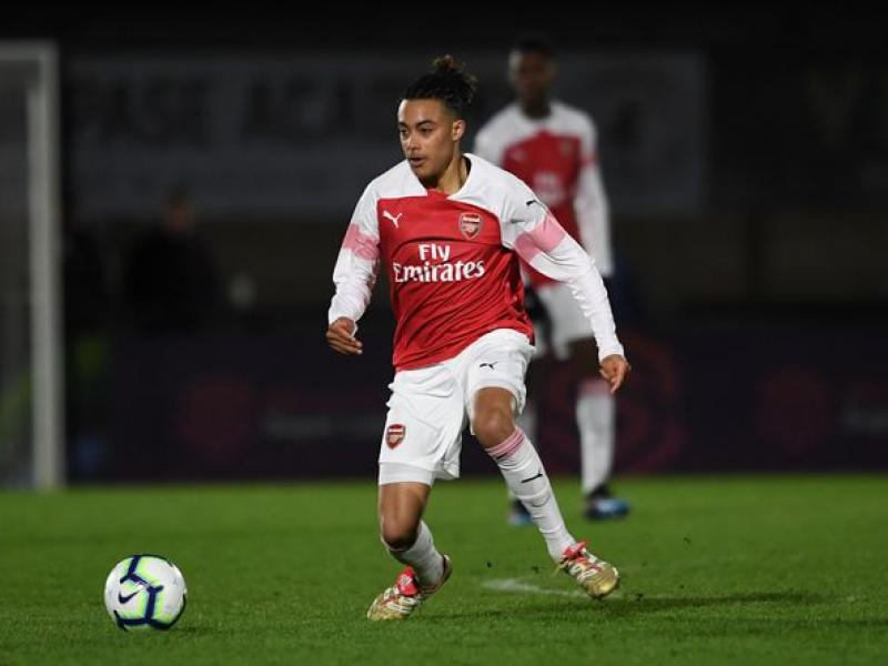 Arsenal youth duo to report for preseason training