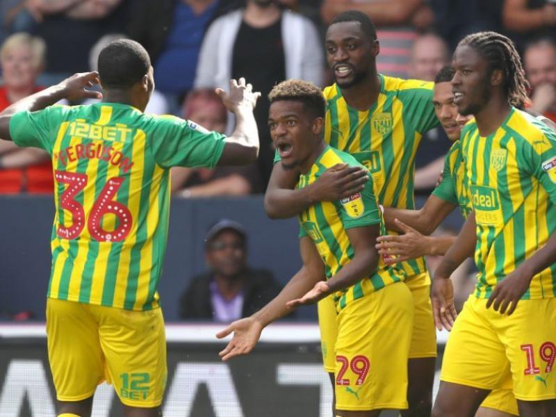 Nigerian midfielder Semi Ajayi says goodbye after joining West Brom