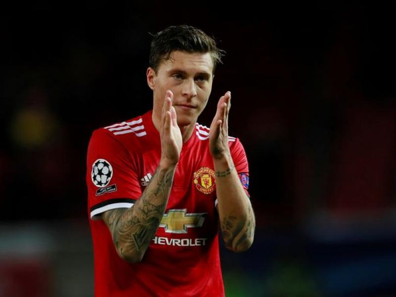 Manchester United's Lindelof reacts to his first club goal