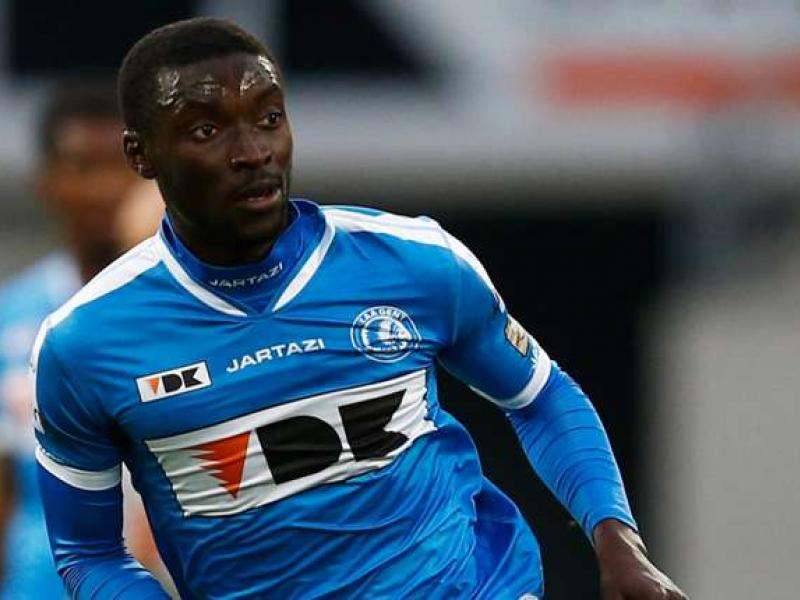 Nana Kwesi Asare extends contract with Gent
