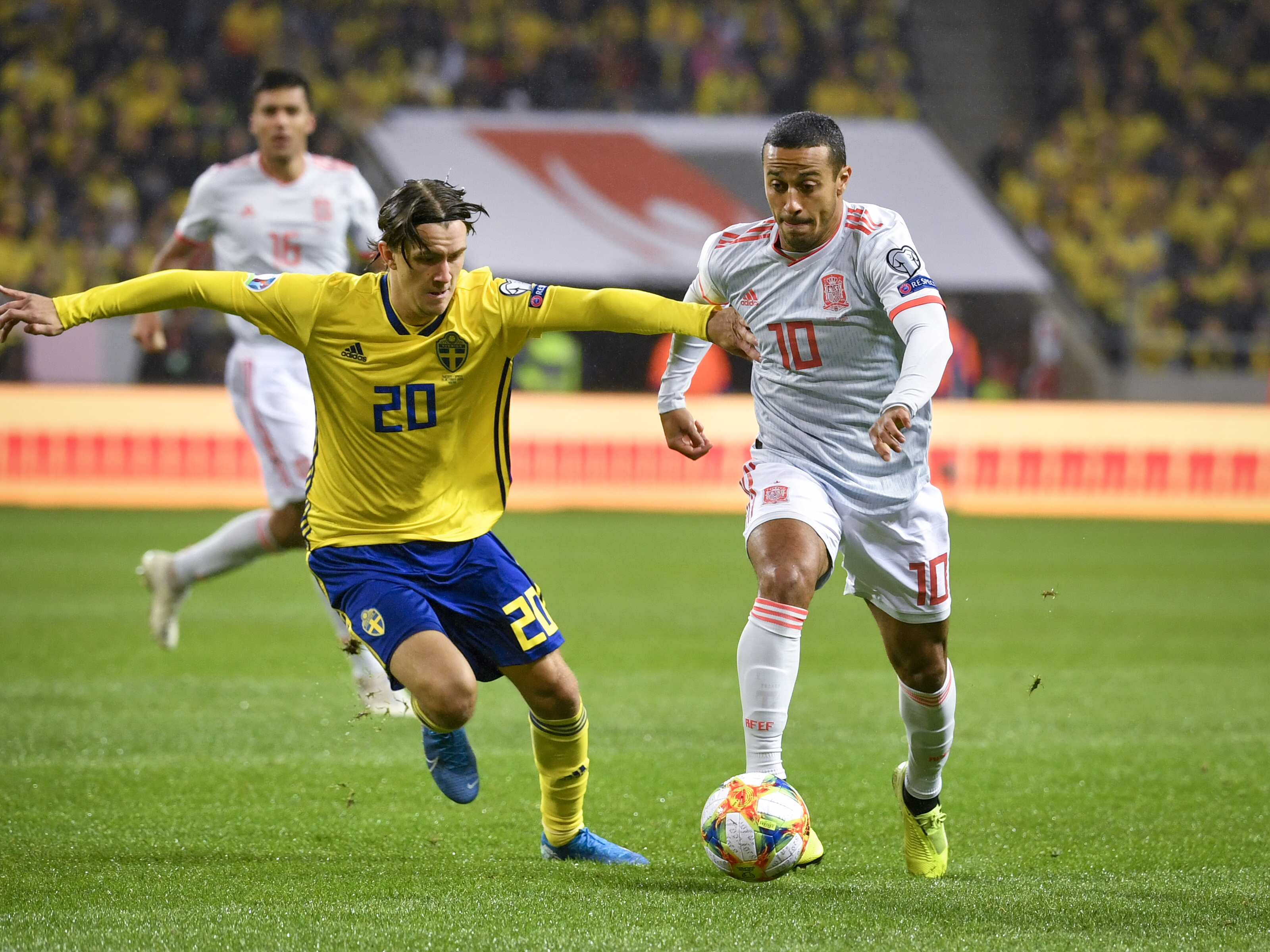 Halftime: Nothing to separate Sweden from Spain at the break