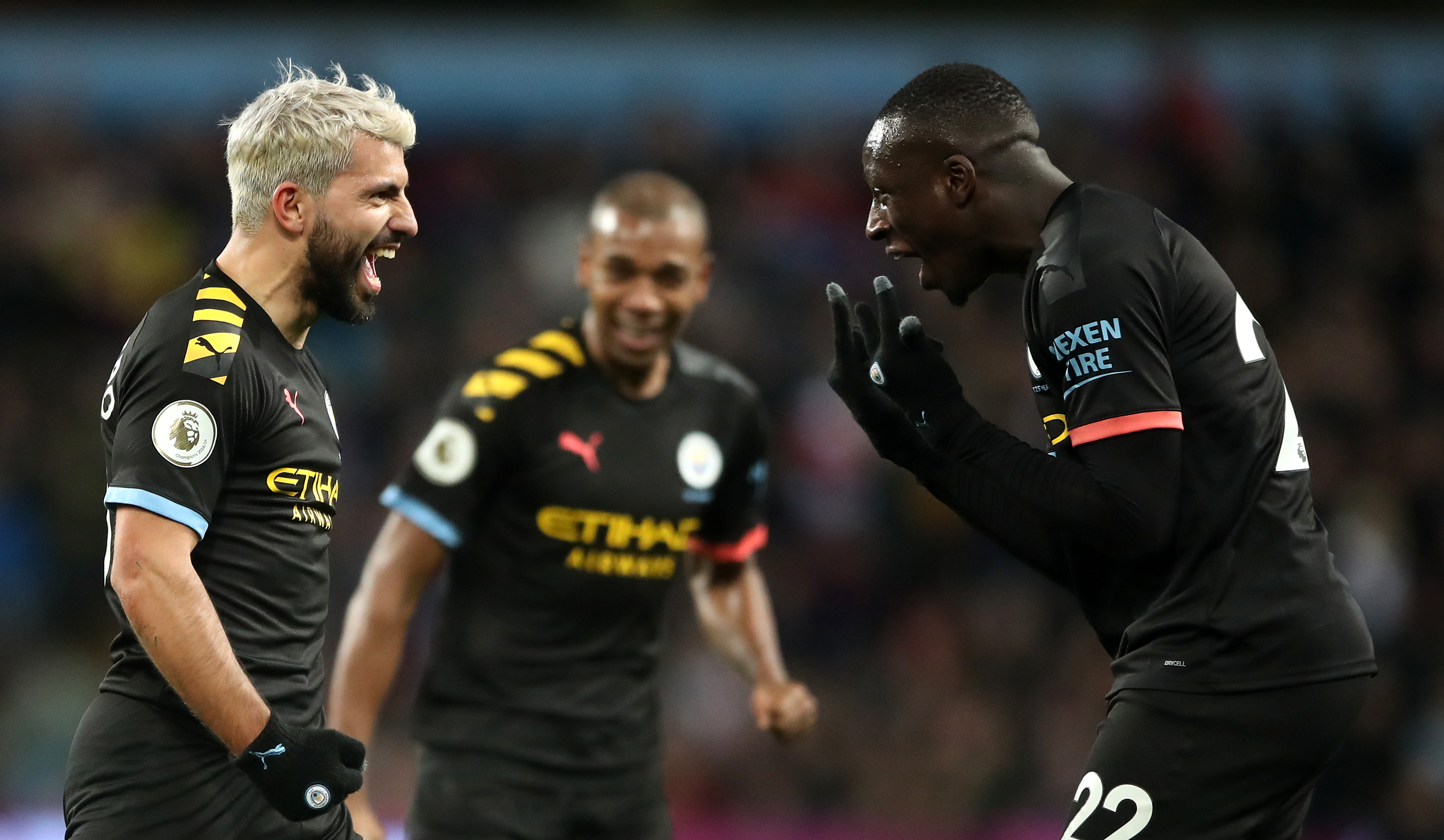 Aguero to be allowed to decide his future