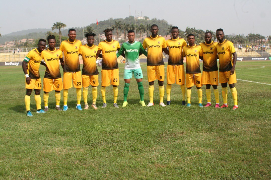 🇬🇭🏆⚡️ Ghana Premier League: Ash Gold goes top in 27-goal weekend
