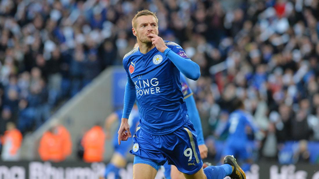 Vardy signs four-year contract extension with Leicester