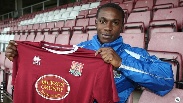 Nigerian youngster signs for Northampton Town