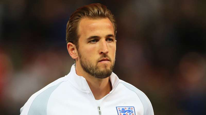 Neville: World-class Kane will overcome Euro scars
