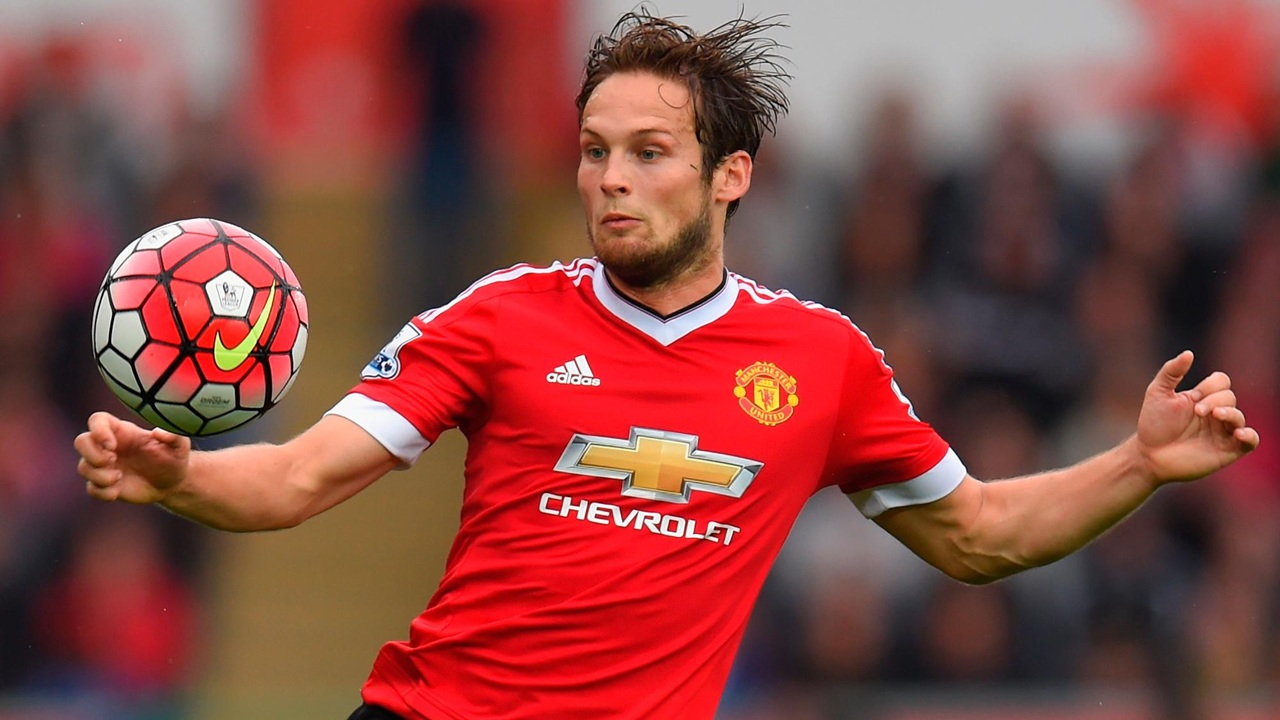 Daley Blind to Barcelona?