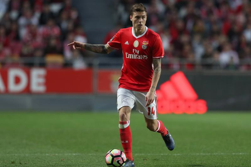 United announce deal for Benfica ace